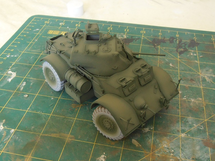 Staghound Mk I (Italeri au 1/35ème) - Page 2 P5151727