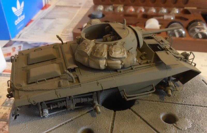 """Sherman M4A2 """" tarentaise """" et AMM 8 """" Massy """" ( la deco ). Pa201215"""