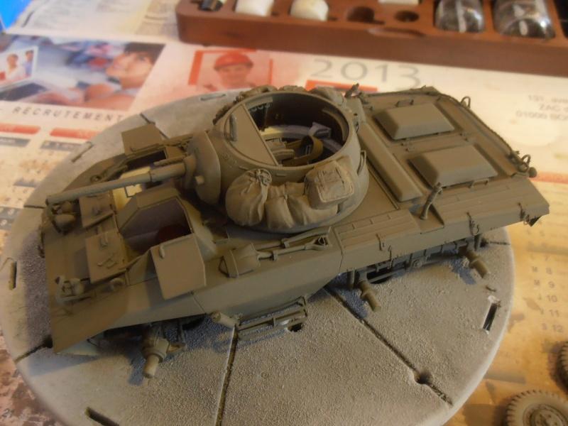 """Sherman M4A2 """" tarentaise """" et AMM 8 """" Massy """" ( la deco ). Pa201216"""