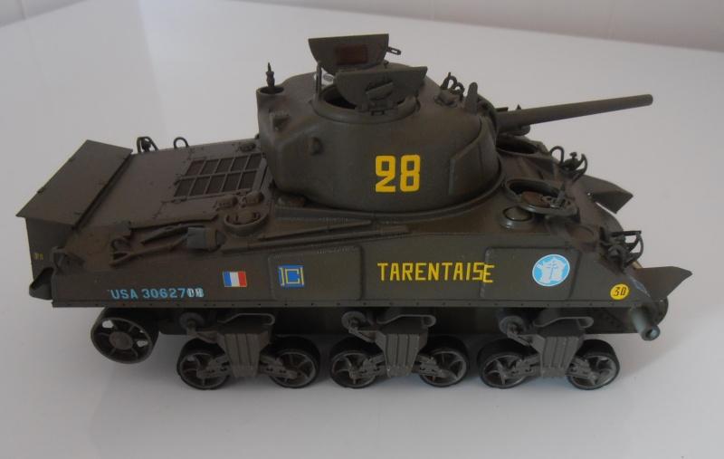 """Sherman M4A2 """" tarentaise """" et AMM 8 """" Massy """" ( la deco ). Pa261212"""