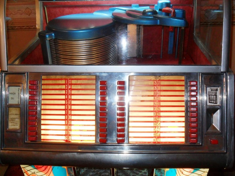 J'ai enfin mon jukebox ! - Page 3 2010