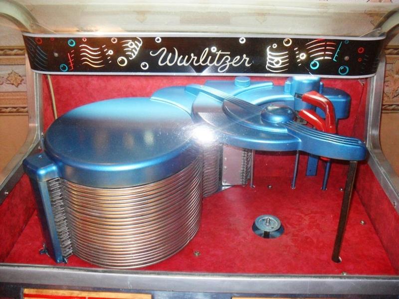 J'ai enfin mon jukebox ! - Page 3 2110