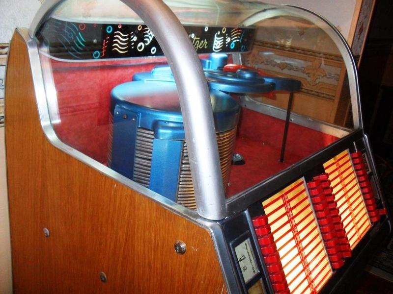 J'ai enfin mon jukebox ! - Page 3 2310
