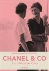 La mode dans les livres.  Chanel10