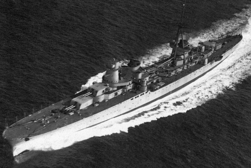 Croiseurs italiens - Page 2 Emanue10