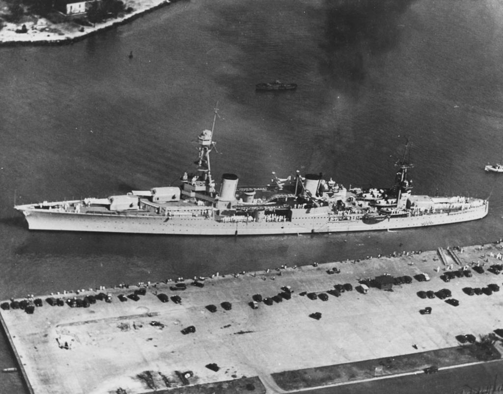 Croiseurs américains - Page 2 Louisv11