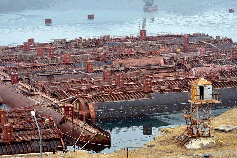 Les épaves de sous-marins soviétiques Mourma10
