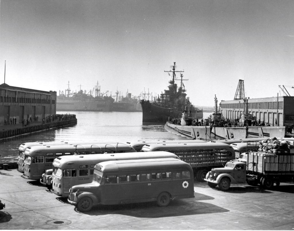 Croiseurs américains - Page 2 Oaklan10