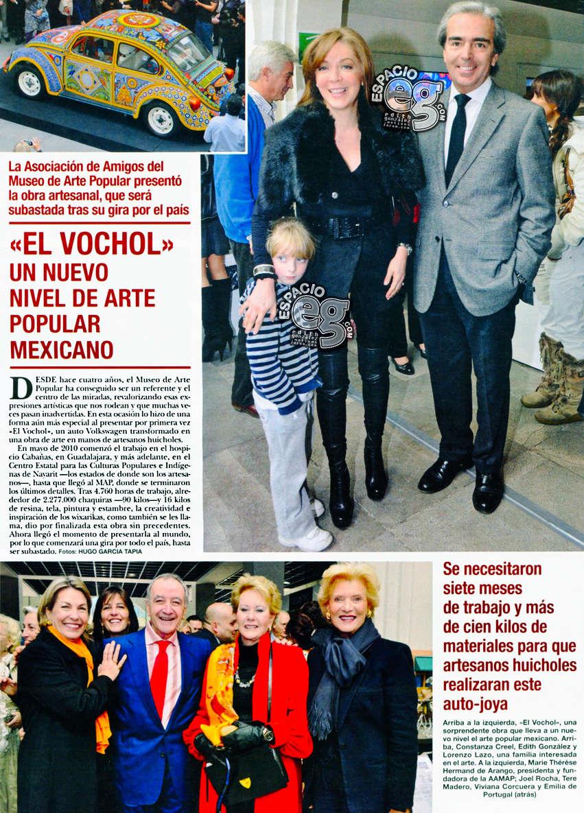 2010-12-08. [ FOTOS & SCAN ] Edith González y familia en la exhibición del Vochol Vochol10