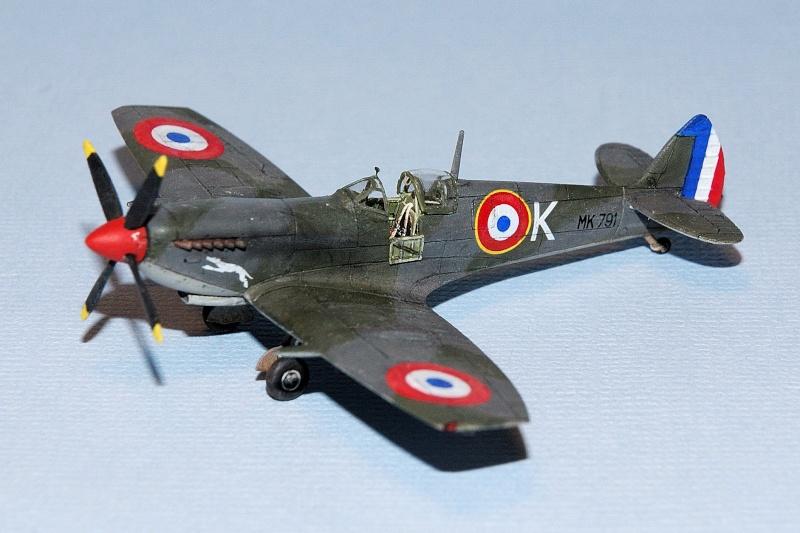 Supermarine Spitfire Mk.IXe [Eduard 1/144ème] Forum111