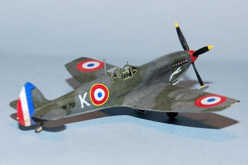 Supermarine Spitfire Mk.IXe [Eduard 1/144ème] Forum113