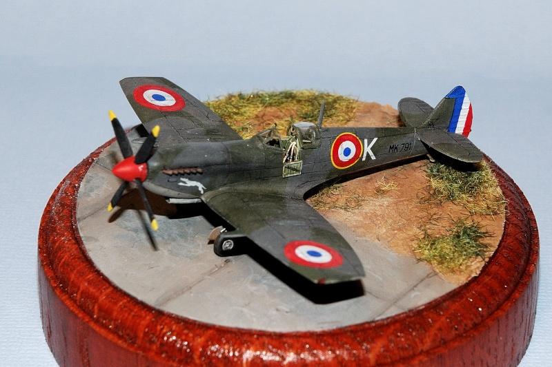 Supermarine Spitfire Mk.IXe [Eduard 1/144ème] Forum114