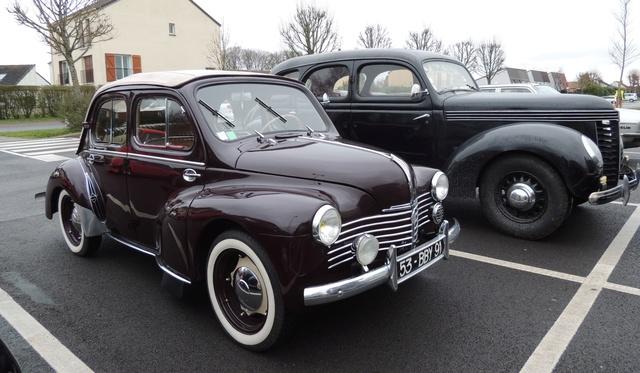 Renault 4CV découvrable 1952 Dscn6012