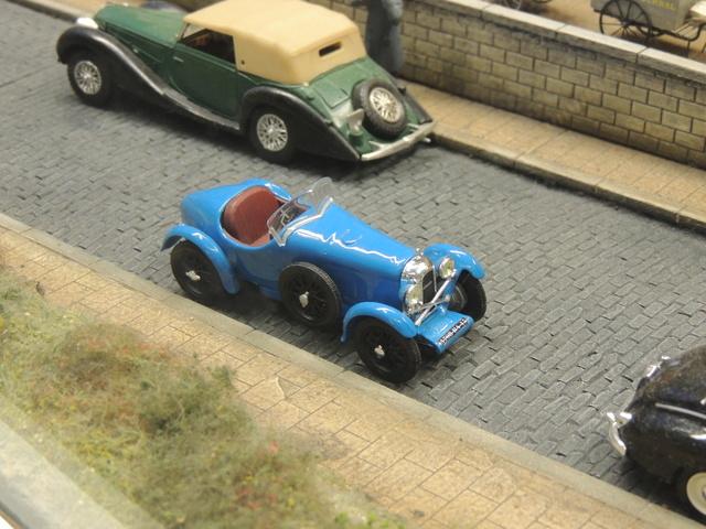 Le RAMBOLITRAIN, c'est aussi des automobiles... Dscn9612