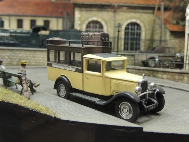 Le RAMBOLITRAIN, c'est aussi des automobiles... Dscn9621