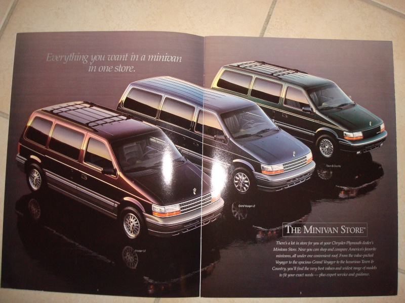 Photo du catalogue Plymouth Voyager et Chrysler Town & Country 94 Dsc08513