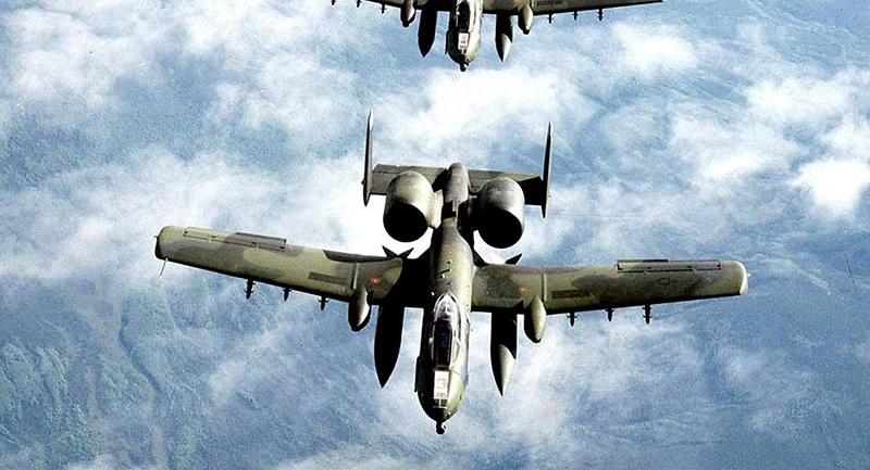 Fairchild A10C Thunderbolt II - Page 4 10303710
