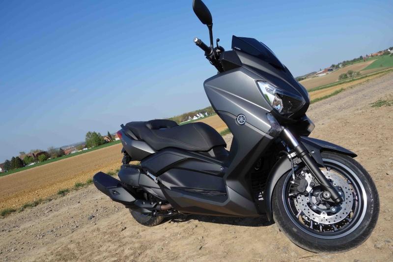 X-Max 400 ABS Matt grey Dsc01019