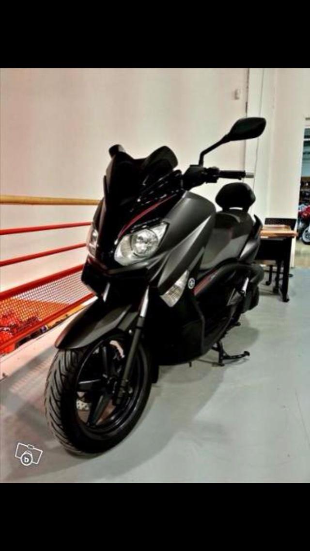 X-Max 250 Black ABS Img_1720