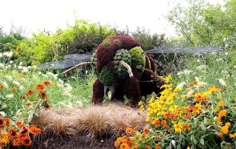 Thème pour le mois de juin 2017 :  Jardin fleuri  Jardin10
