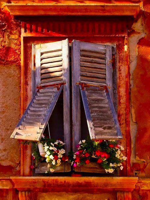 Des fenêtres d'hier et d'aujourd'hui. - Page 27 Fen_1610