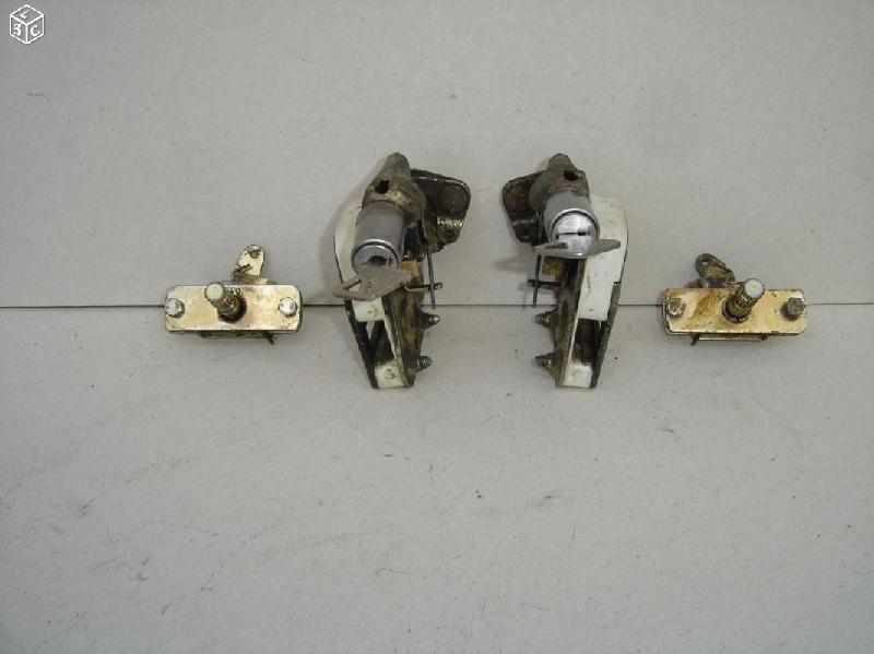 Vente de pièces détachées exclusivement de R15 R17 - Page 30 8d47ac10