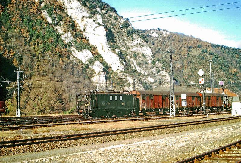 Pk 082,2 : Gare de Foix  (09) - La Saga Verte de Jean Louis - Page 5 Bb-41013