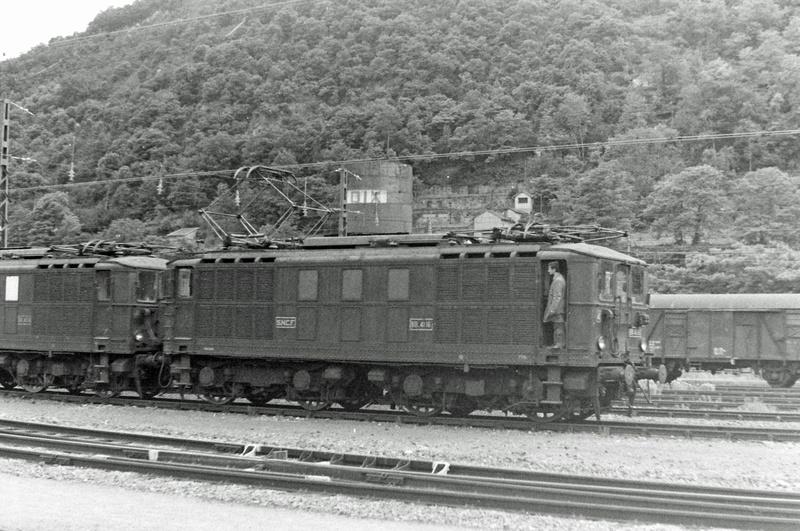 Pk 082,2 : Gare de Foix  (09) - La Saga Verte de Jean Louis - Page 6 Bb-41110