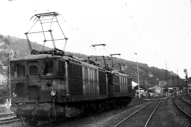 Pk 082,2 : Gare de Foix  (09) - La Saga Verte de Jean Louis - Page 6 Div-sc10