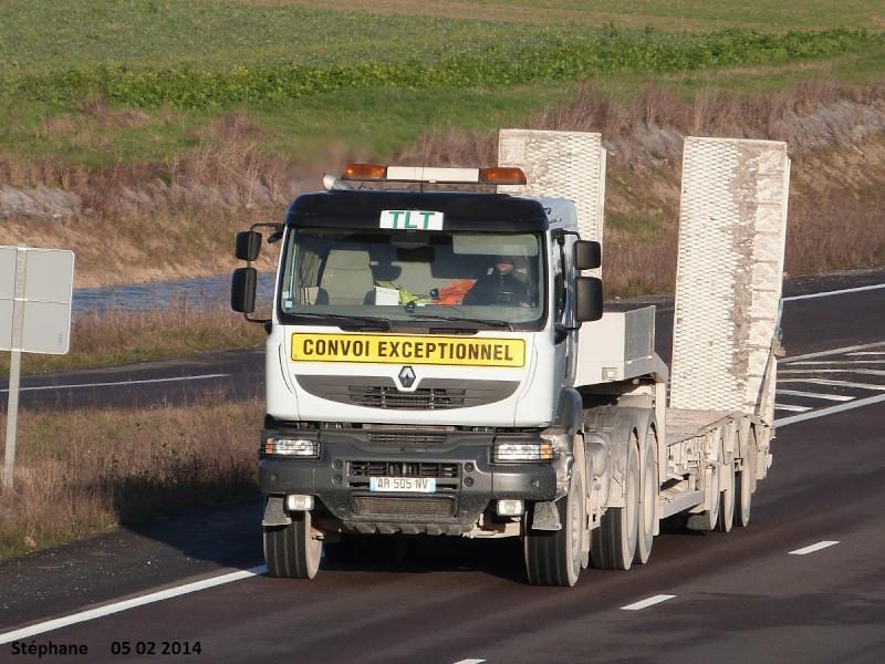 TLT (Terrassement Location Transport) (Le Pilaout  Saint Lyé) (10) P1180746
