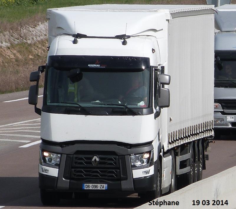 Renault série T (euro 6 )  - Page 2 P1220153