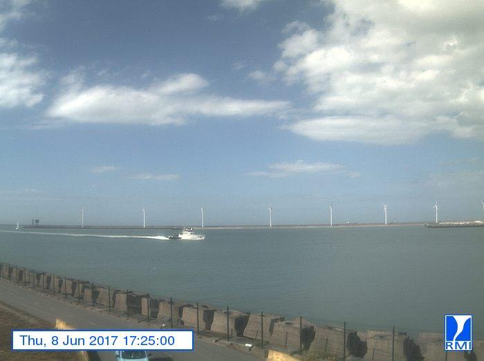 Photos en direct du port de Zeebrugge (webcam) - Page 63 112