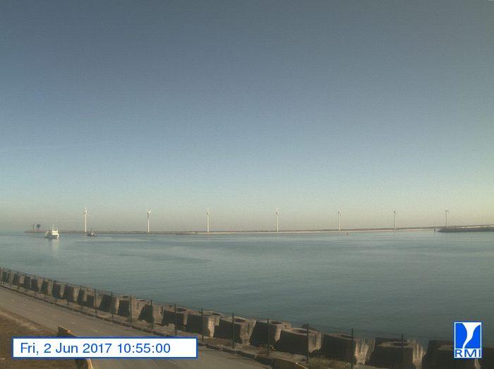 Photos en direct du port de Zeebrugge (webcam) - Page 63 Image11