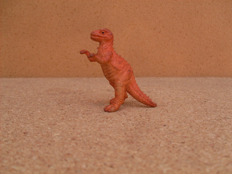 Asking pictures of Panini dinos and related!  4-tyra14