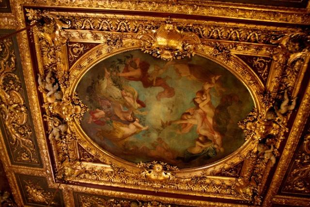 Le Louvre, ses fantômes et ses stars 1_1_1194