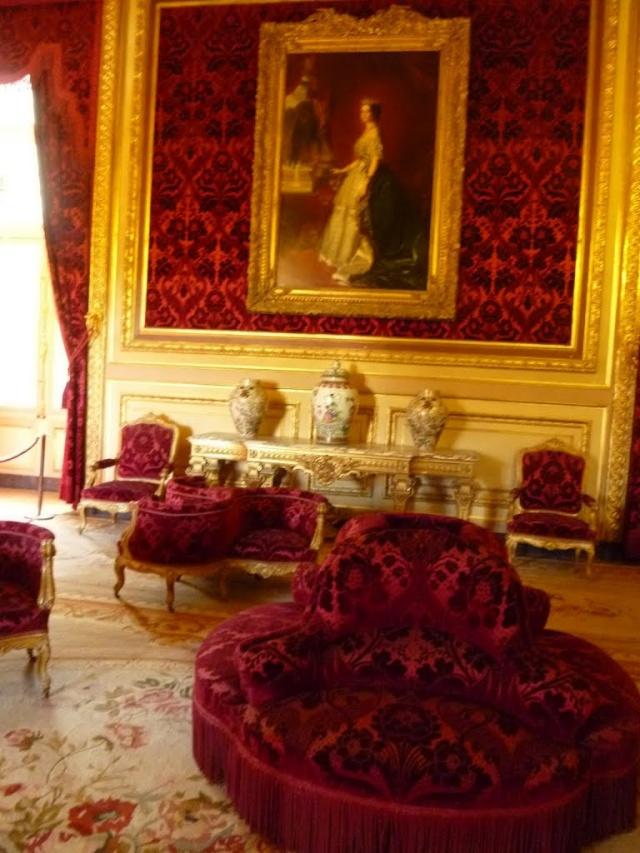 Le Louvre, ses fantômes et ses stars 1_1_1195