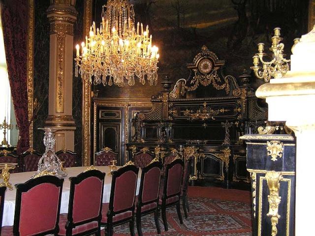 Le Louvre, ses fantômes et ses stars 1_1_1314