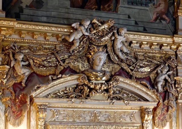 Le Louvre, ses fantômes et ses stars 1_1_1315