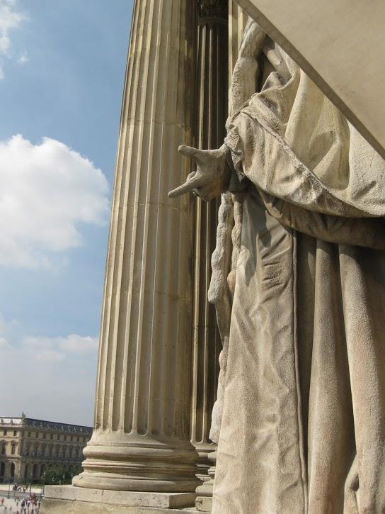 Le Louvre, ses fantômes et ses stars 1_1_1_12