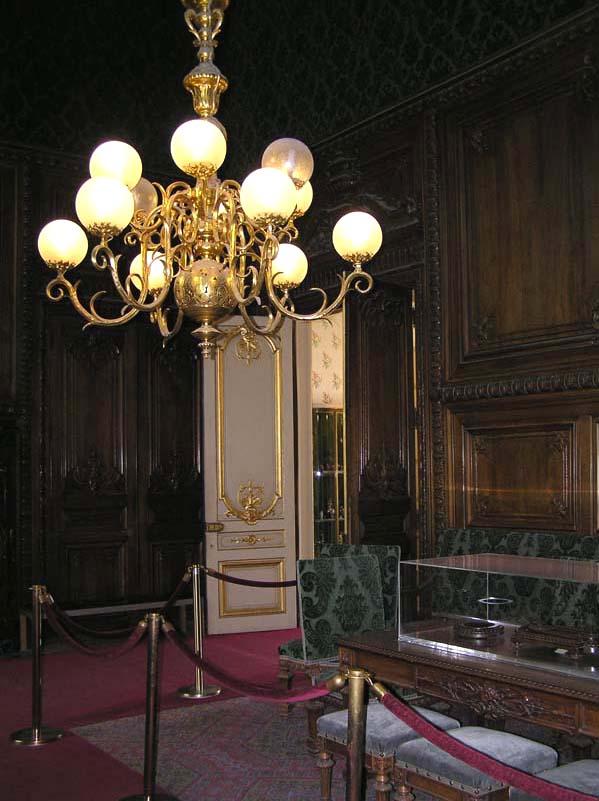 Le Louvre, ses fantômes et ses stars 1_1_1_92