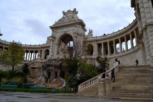 PATRIMOINE: MONUMENTS D'HIER ET D'AUJOURD'HUI 1_1_2407