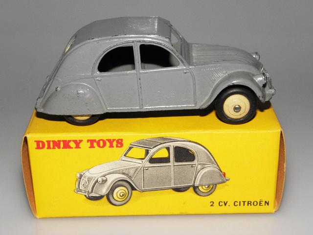 Citroën 2CV - DINKY TOYS, UNE CARRIÈRE AU LONG COURS Dinky-40
