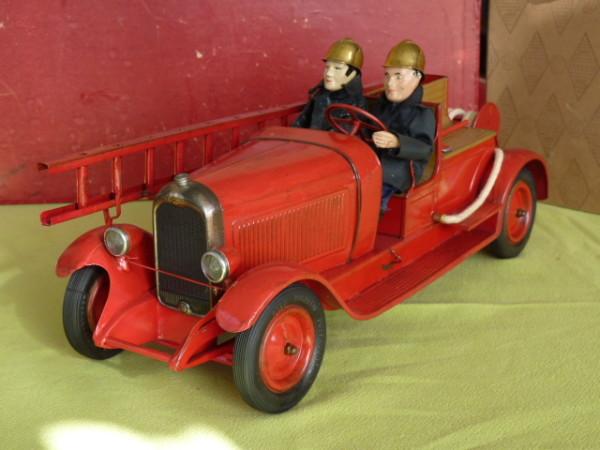 Citroën, les jouets en tôle - CIJ : Les ateliers de Briare  P1090311