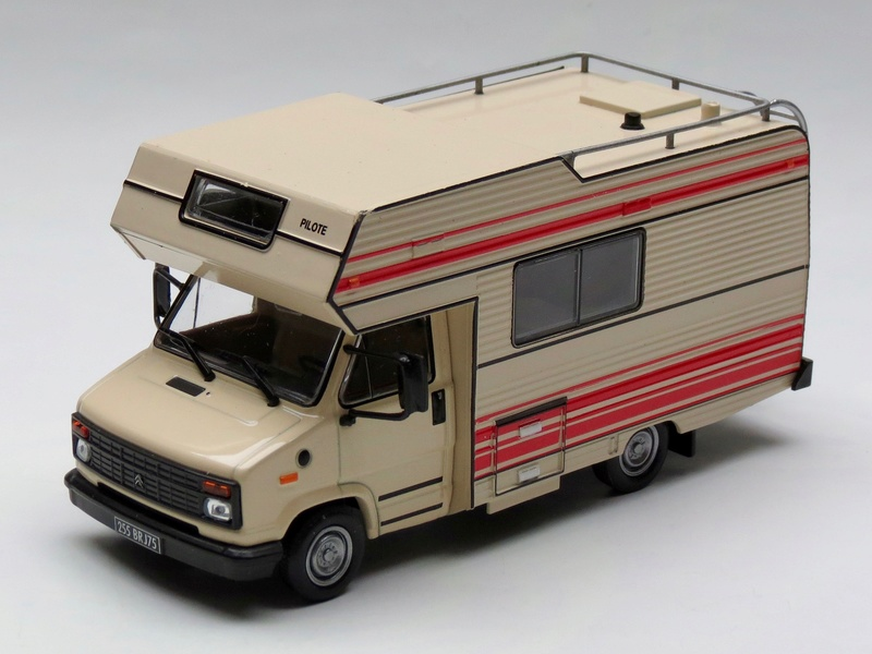 """2017 - Hachette Collections > """"Passion CAMPING-CARS"""" Pilote16"""