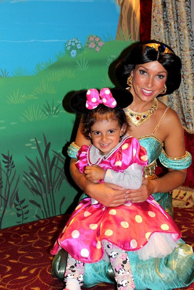 Vos photos avec les Personnages Disney - Page 2 Img_0712