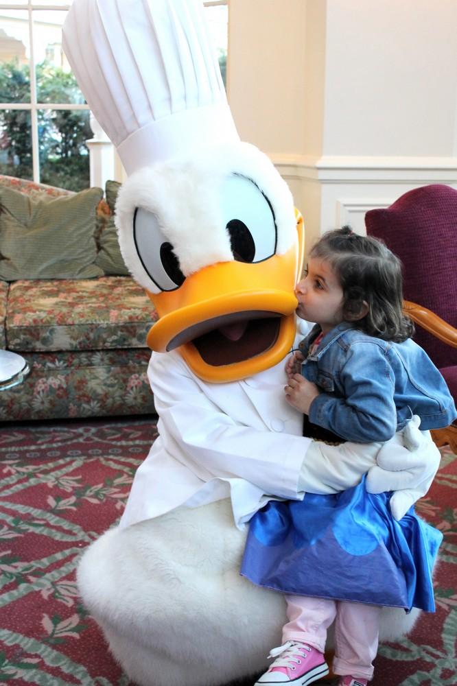 Vos photos avec les Personnages Disney - Page 2 Img_2013