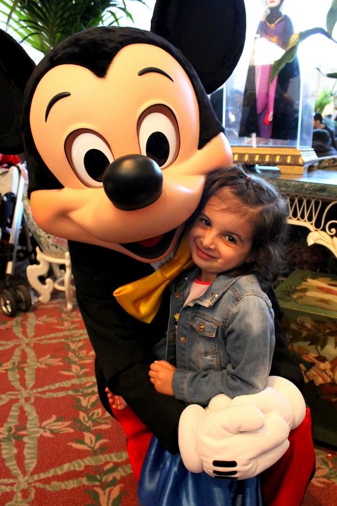 Vos photos avec les Personnages Disney - Page 2 Img_2114