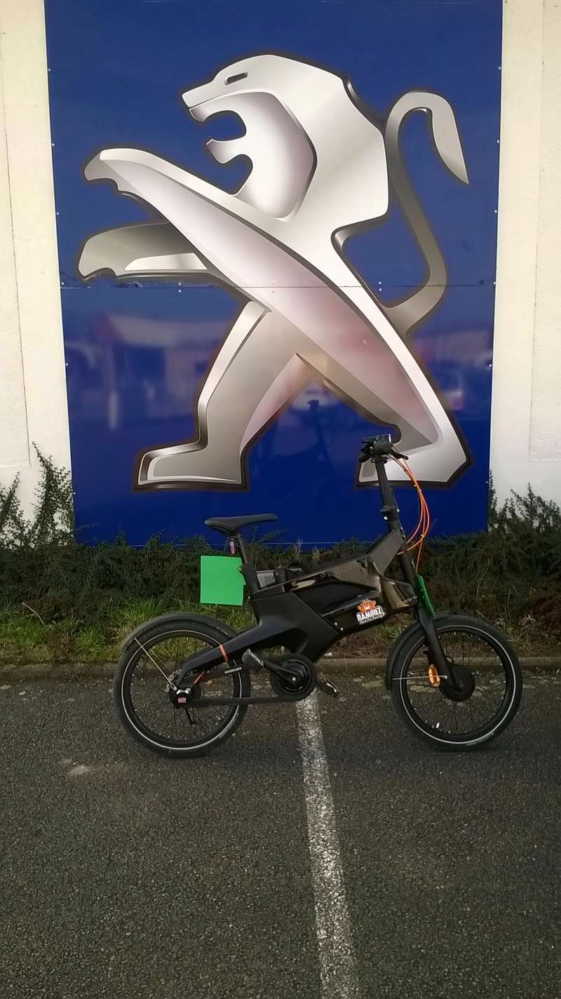 Peugeot AE21 with Subpac M2 Wp_20114
