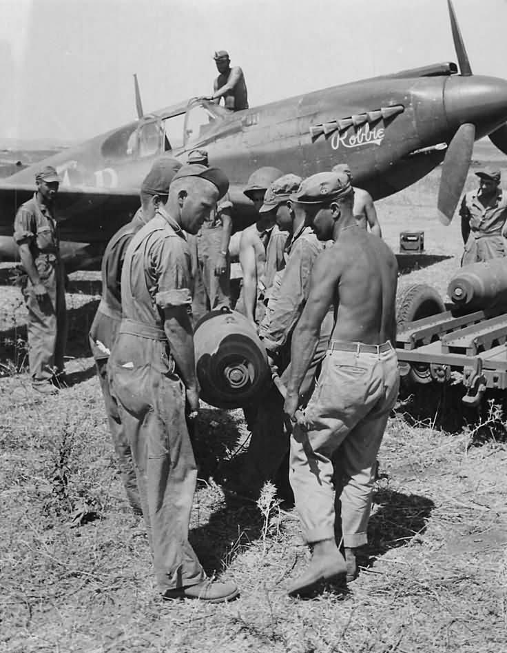 UN MIRACLE EN 1943 PENDANT LA SECONDE GUERRE MONDIALE Crew_l10