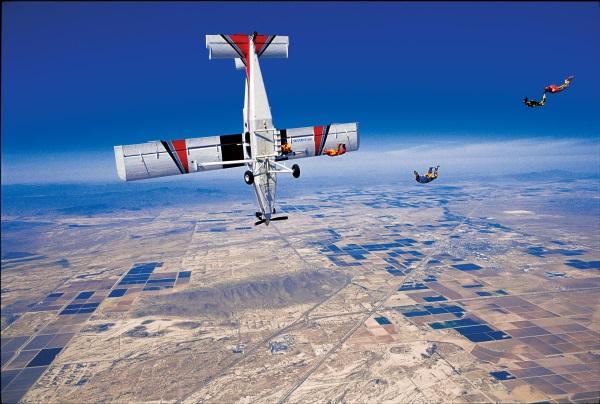 Pilatus PC-6/B2-H4 -. Roden 1/48 - Par fombec6 - Fini. - Page 2 Pilatu10